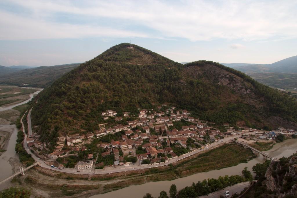 Berati - Blick auf Gorica - von Geri - über Wikimedia