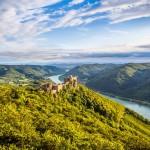 at_Wachau_Donau-Panorama_shutterstock_187210814 (800x533)