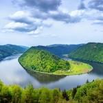 at_Donauschlinge_shutterstock_125368580_c_Boris Stroujko (800x533)