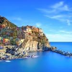 it_Cinque Terre 2_shutterstock_125985731_c_ StevanZZ (800x571)