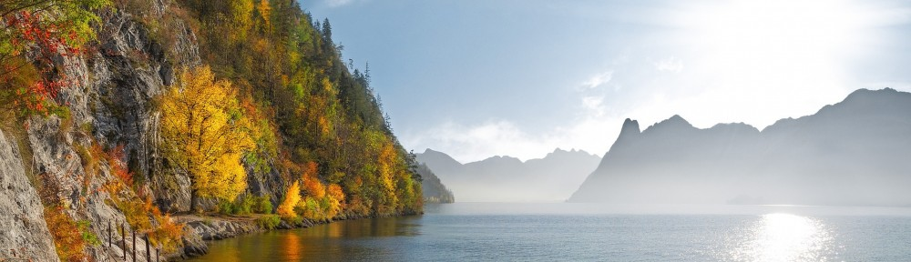 at-traunsee-herbst-2893792-1920-pixabay