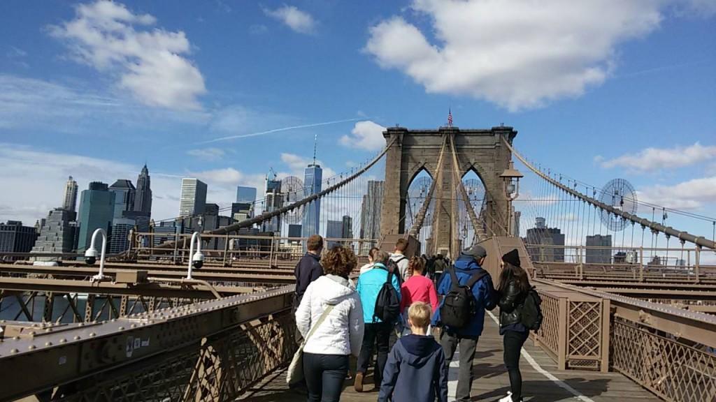 Spaziergang ueber die Brooklyn Bridge