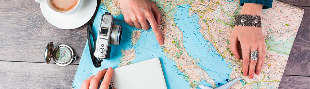 blog-landkarte-reisen-planung-_c_-shutterstock
